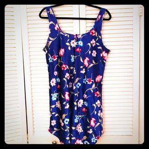 🎉$10 SALE🎉EUC VTG blue spring floral chemise